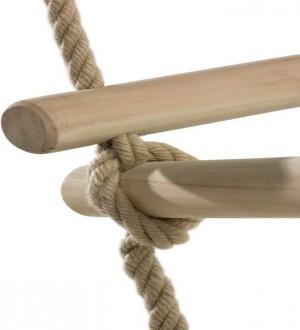 Drabinka linowa trójstronna z drewnianymi szczeblami