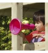 Zabawa z megafonem na placu zabaw
